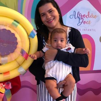 Emprego de babá Manaus: emprego de babá Hellen Cristina