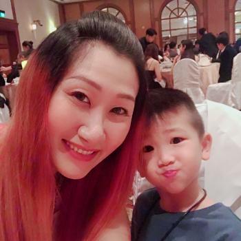 Babysitter Singapore: Eileen