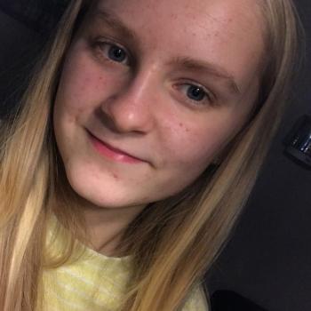 Barnevakt Hunndalen: Lisa