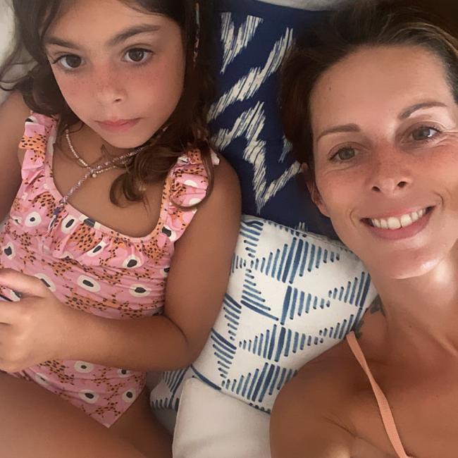 Babysitting job in Badalona: Anna