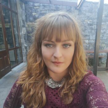 Babysitter in Castlebar: Niamh