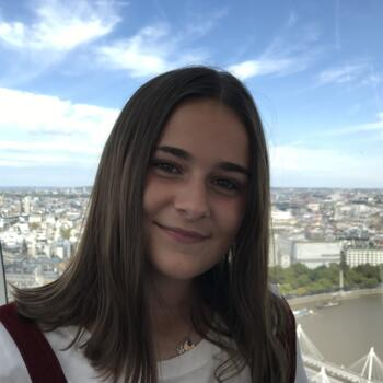Babysitter in Luxembourg: Nina