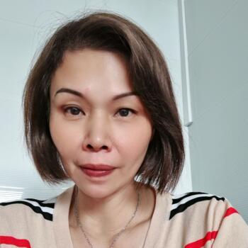 Babysitter Singapore: Tricia