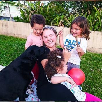 Babysitter Blumenau: Luana Thalita