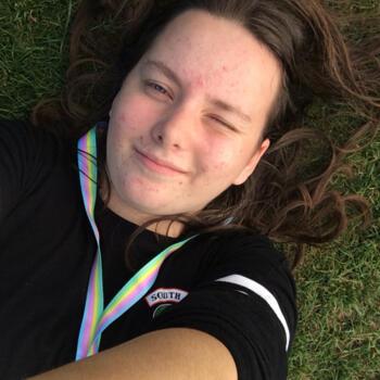 Babysitter in Christchurch: Elizabeth Richards