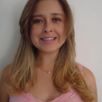 Babysitter Alcobaça: Tatiane