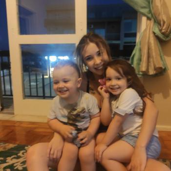 Trabalho de babysitting Paços de Ferreira: Trabalho de babysitting Medusa