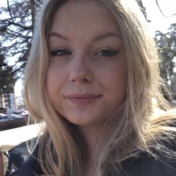 Barnvakt i Upplands Väsby: Molly