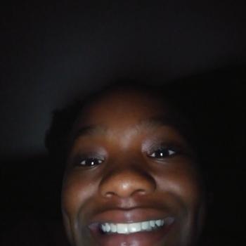 Babysitter Auburn (Alabama): Taniya