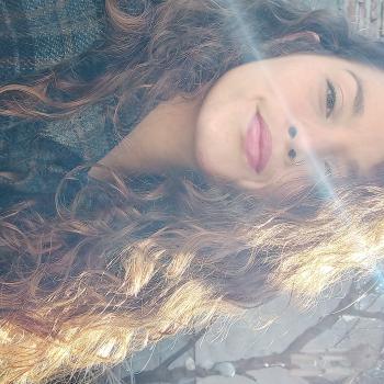 Babysitter in Colinas de Solymar: Reina maria