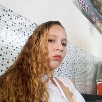 Babá Santa Luzia: Estefany