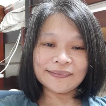 Babysitter Singapore: Lau