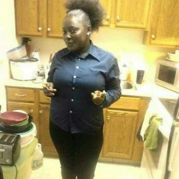 Babysitter Sharon Hill: Bernice
