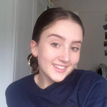 Babysitter Enfield Town: Amber