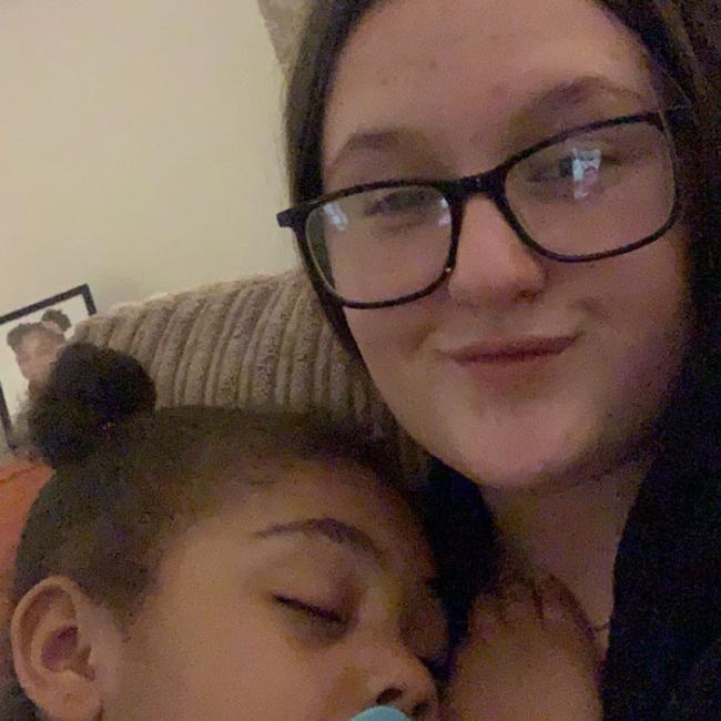 Babysitter in Manchester: Erin
