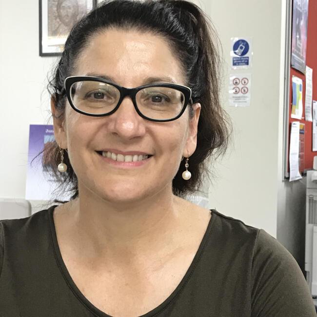 Babysitter in Townsville: Andrea
