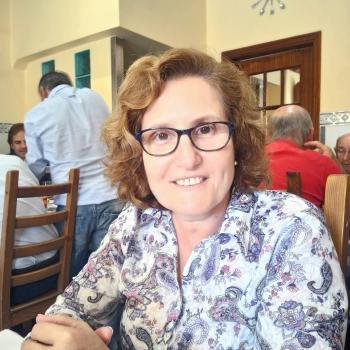 Babysitter Oeiras: Mariana Almeida do