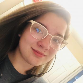 Babysitter Indianapolis: Tori