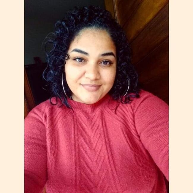 Babysitter in Blumenau: Ariane