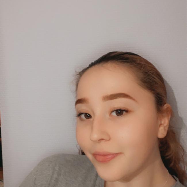 Baby-sitter in Anzin: Amel