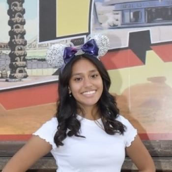 Babysitter Chula Vista: Nadia