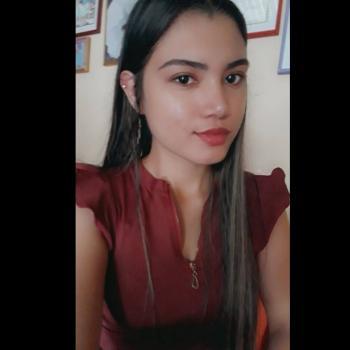 Babysitter in Manizales: Laura