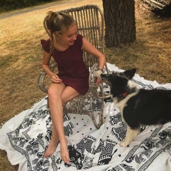 Babysitter in Oostende: Nanou