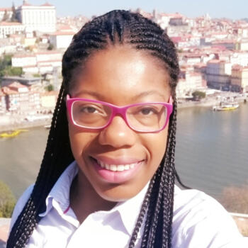 Babysitter Porto: Claudina