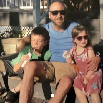 Babysitting job in Hamilton: babysitting job Curtis