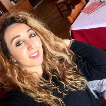 Babysitter Bologna: Zineb