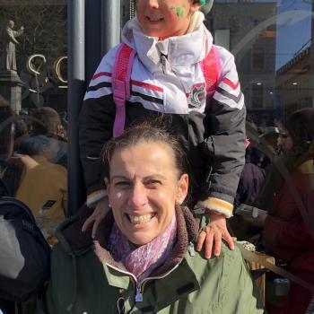 Babysitter Job Aldrans: Babysitter Job Colabraro