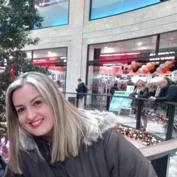 Babysitter in Bonn: Flávia