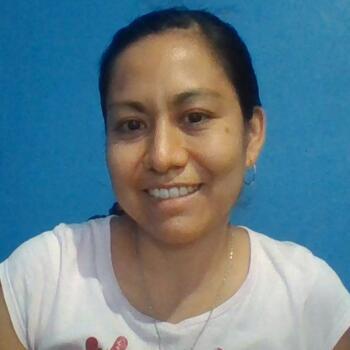 Babysitter in Querétaro City: Nadia