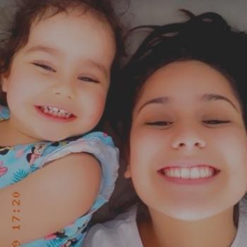 Babysitter Lisboa: Lara Viviana