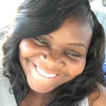 Babysitter McDonough (Georgia): Teishanna