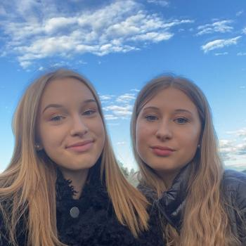 Babysitters in Linz: Elena Jana
