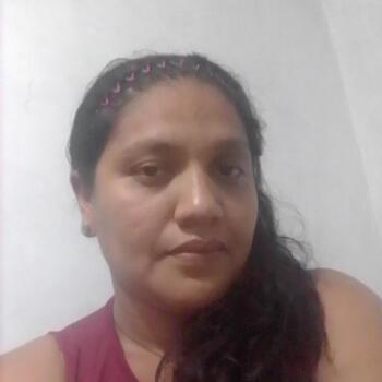 Babysitter in Medellín: Julieth