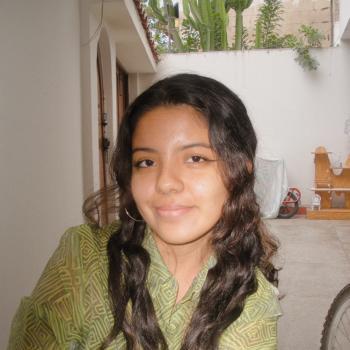 Niñera Lima: Camila