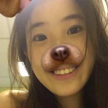 Babysitter Singapore: Jasmine