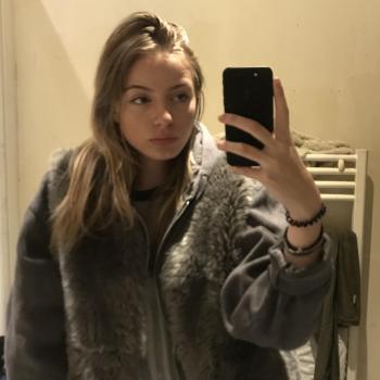 Babysitter Montreuil: Kimberley