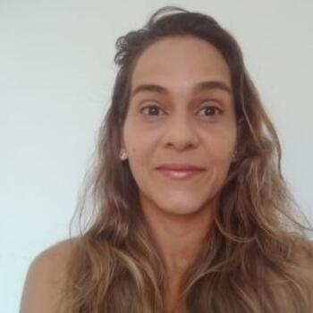 Babá em Salvador: Leticia