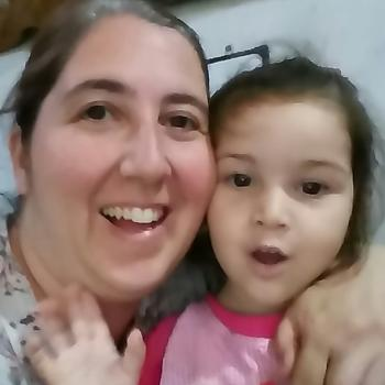 Babysitter Burzaco: Lorena