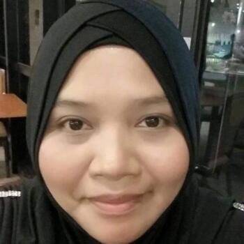 Babysitter in Singapore: Lia