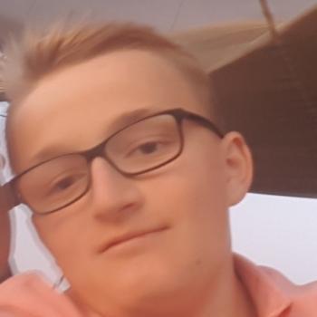 Babysitter Swindon: Anthony
