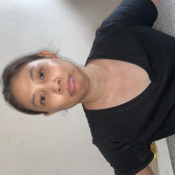 Babysitter Singapore: Leow