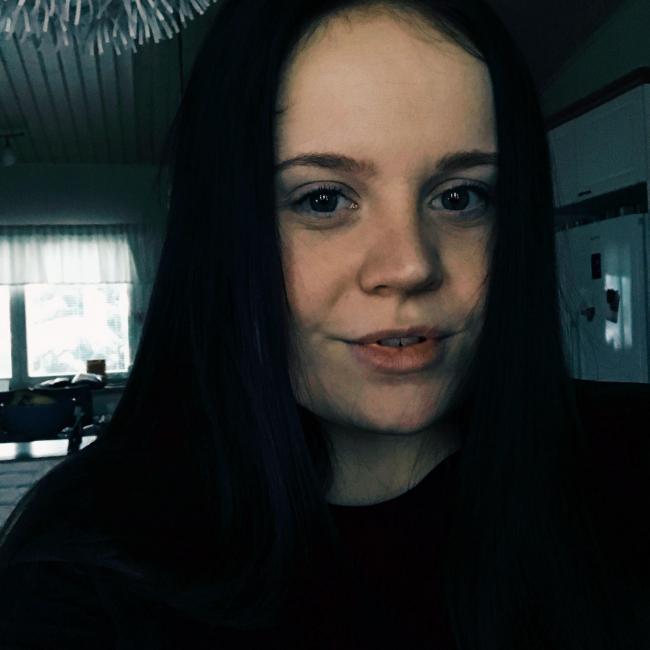Barnvakt i Björneborg: Anni