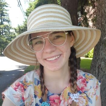 Baby-sitter in Abbotsford: Donna B.