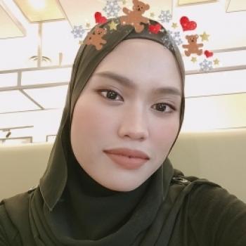 Babysitters in Singapore: Fatihah