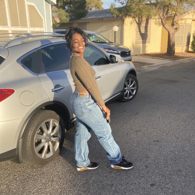 Babysitter in Elk Grove: Ayanna