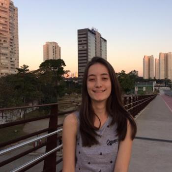 Babá Ribeirão Preto: Hellora